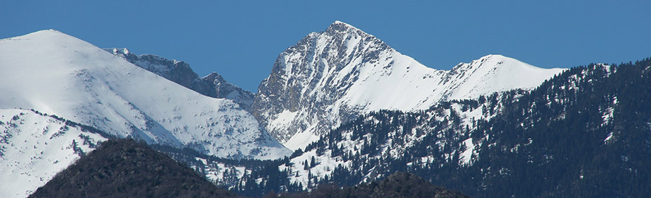 mont Canigou enneigé